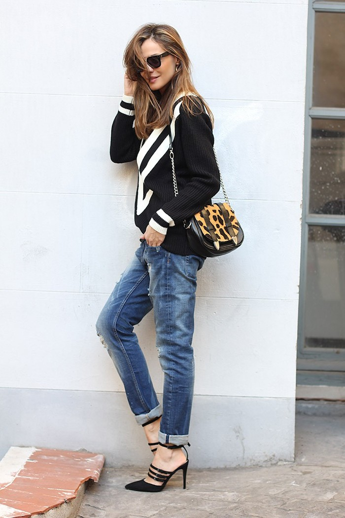 boyfriend-jeans-and-sweater-lady-addict-